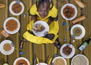 Розали Дюранд, 10, Ница, Франция Заснета на 18 август 2017. След като родителите ѝ се разделят, Розали живее и с майка си, и с баща си. Това ѝ позволява да види и Средиземно море, и френските Алпи. Тя се храни здравословно, което включва много риба. Това е благодарение на баща ѝ, който е ресторантьор и я е научил да приготвя салати и леща с наденица. Единствените храни, които не яде са рататуи, спанак и краставици. Розали е наследила чувството си за стил от майка си, която е моден дизайнер и иска да бъде интериорен такъв. Занимава се с тайландски кикбокс, скално катерене, гимнастика и прави фокуси. Нищо не липсва в живота на Розали, макар че тя мечтае да отиде в Лос Анджелис и да види булевард Холивуд. Ако имаше достатъчно пари, би си купила яхта.