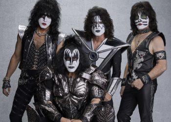 Легендите KISS ще се сбогуват с родната публика на грандиозен концерт през 2020