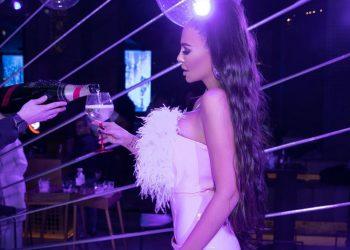 Николета Лозанова с бутиков рожден ден