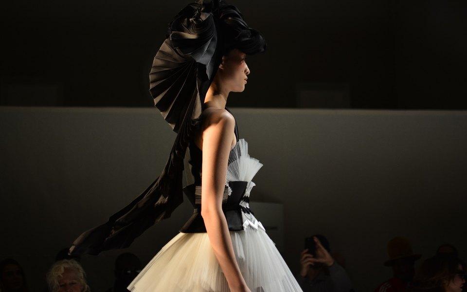 Какво ще се случи със седмицата на висшата мода в Париж
