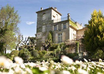 С ухание на майски рози: имението на Кристиан Диор в Прованс