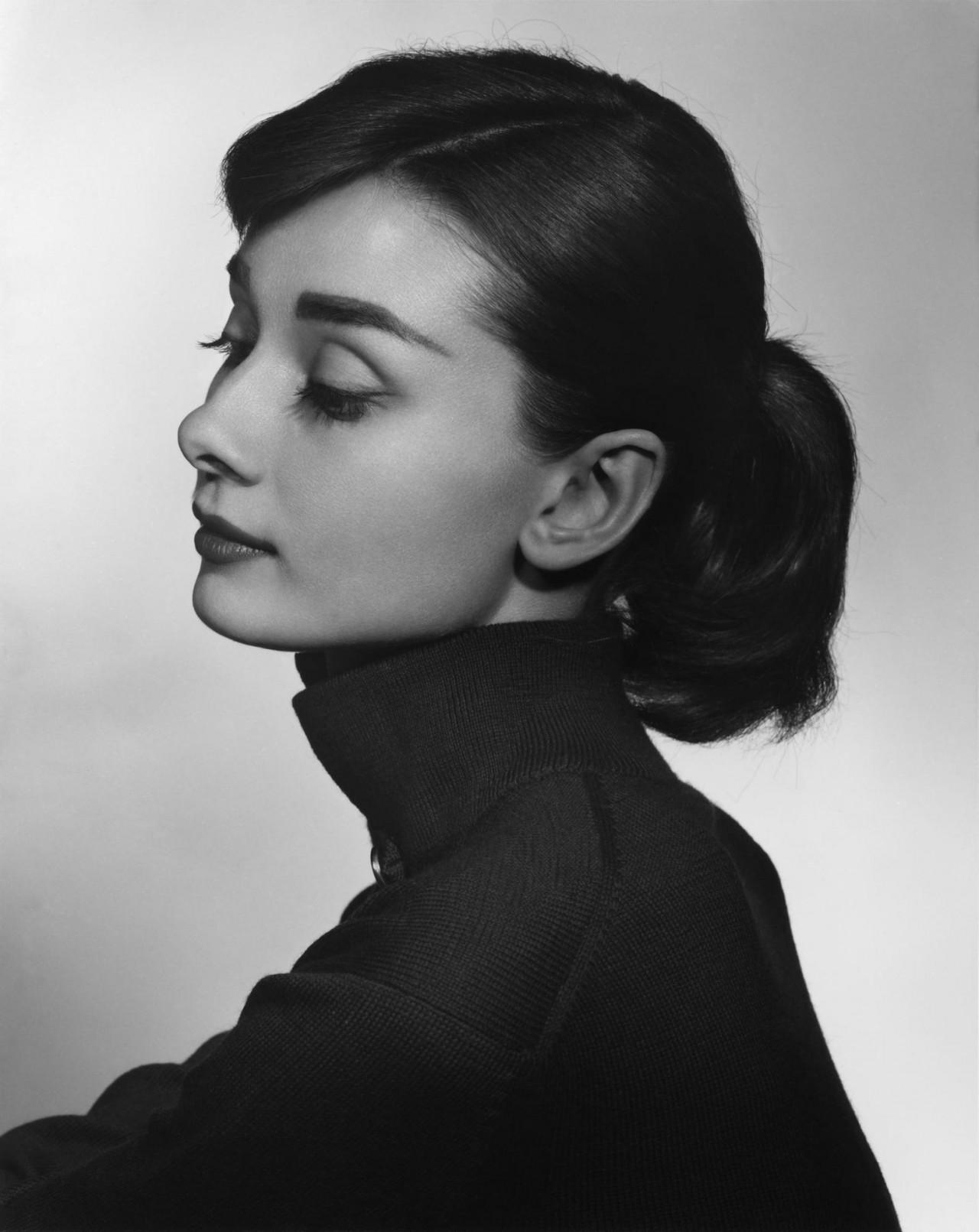Одри Хепбърн, 1956