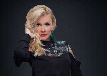 """Мария Игнатова става водеща на """"Папараци – ново 20!"""""""