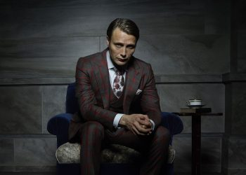 """Мадс Микелсен е най-известен с ролята си на Ханибал Лектър в телевизионния сериал """"Ханибал"""". Злодеят със студен скандинавски вид и пронизващи очи плени огромна аудитория от зрители, които смятат датския актьор за един от най-секспилните филмови злодеи."""