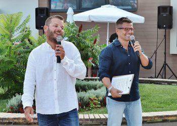 Иван и Андрей дадоха старт на лятото със страхотно парти в Девин